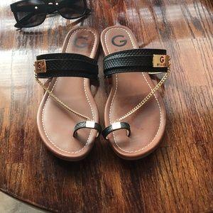 Guess one toe sandalsljqa